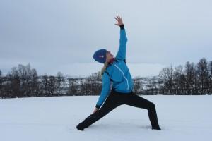 Kaisa yoga snø2