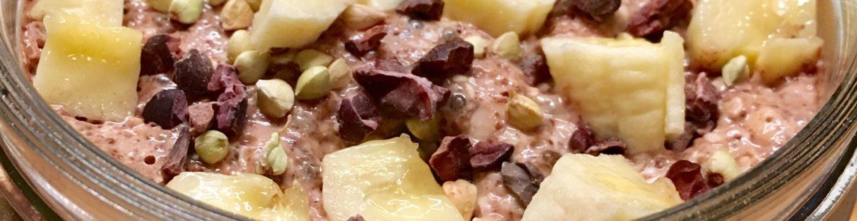 Protein & energirik bokhvete kjøleskapsgrøt med råkakao og banan