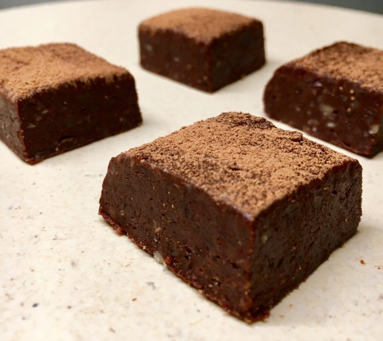 Raw brownie