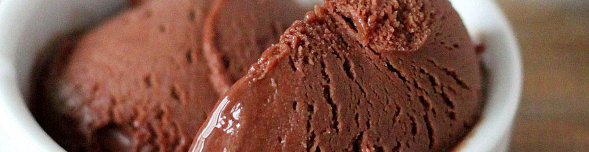 Vegansk sjokoladeis – super enkel Nice cream!