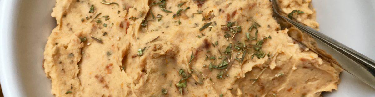 Hummus med hvite bønner og soltørket tomater
