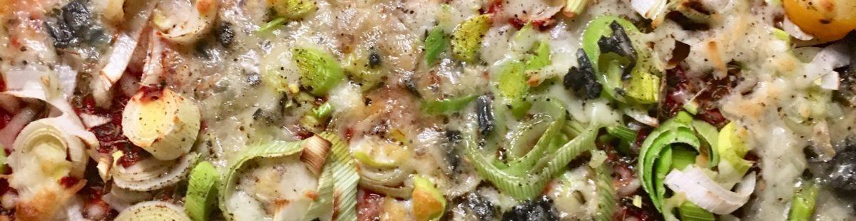 BLOMKÅLPIZZA med ost, timian og cherrytomater
